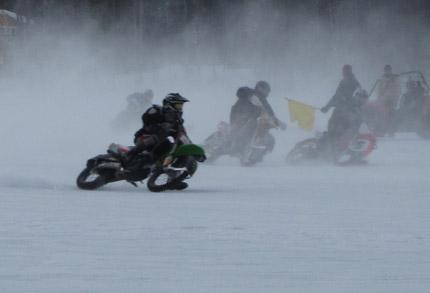 Ice racers racing